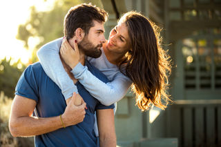 Do Women Prefer Men With Beards? | Psychology Today
