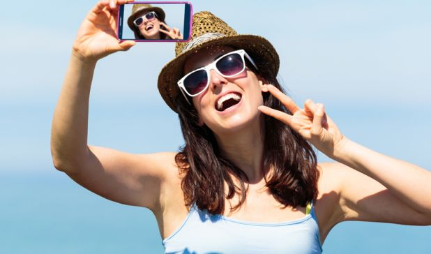 Are Selfies Destroying Your Memory?