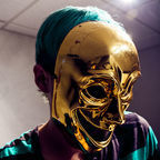 c.paras/mask/flickr/CC BY 2.0/picture cropped