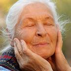 Portrait of the elderly woman/Galushko Sergey/Shutterstock