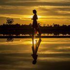 Contented woman, sasint, Pixabay, CC0