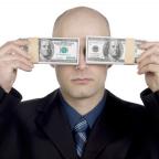Surprising Links Between Gratefulness, Money and Happiness