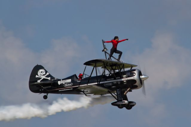 women wing walking