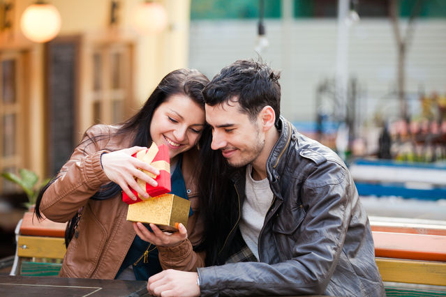 How to Develop Your Attraction to the Right Person