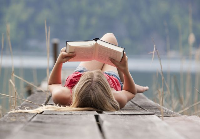 Reading Fiction Improves Brain Connectivity and Function