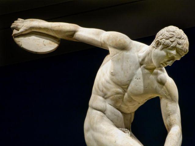 leibniz mind and body relationship in greek