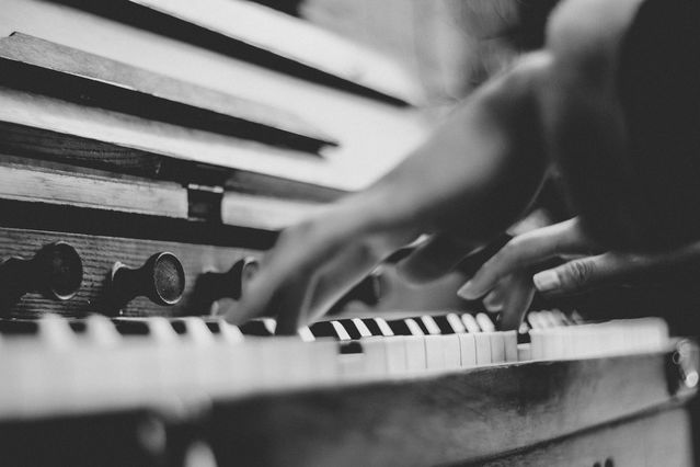 6 Ways Music Affects Your Emotions