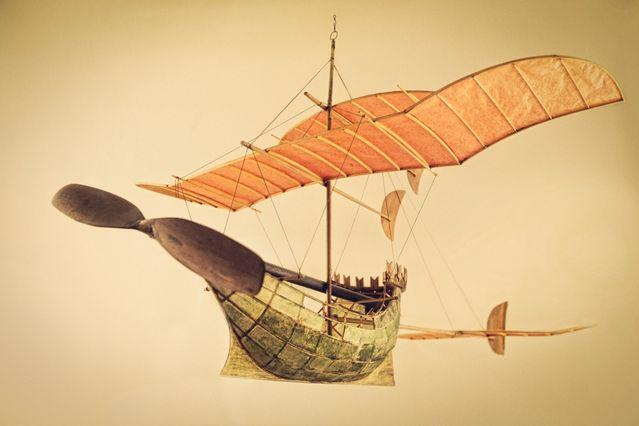 Flying Ships / (c) Luigi Prina, Milan