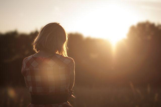 Sunset Girl/Unsplash