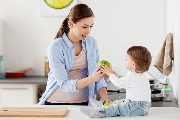 When Children Begin to Talk