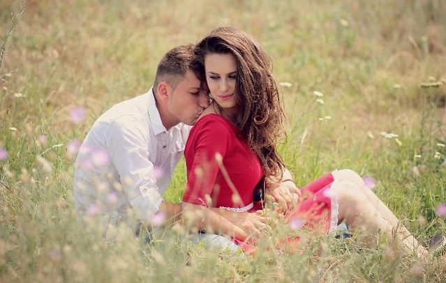 Extrafamilial relationships dating