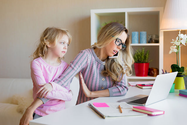 Challenges of The Digital Age and Parenting