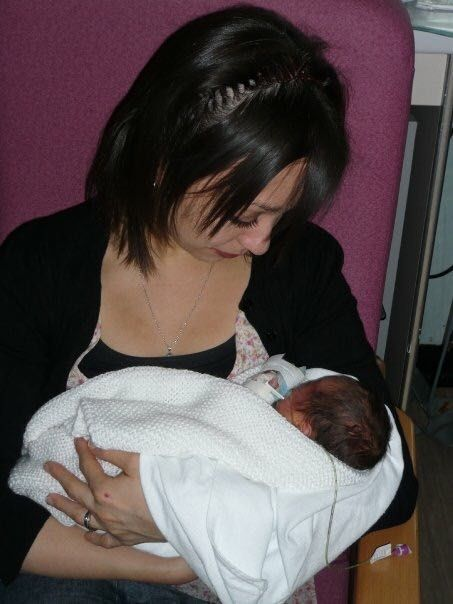 Pregnancy and Early Motherhood After Anorexia