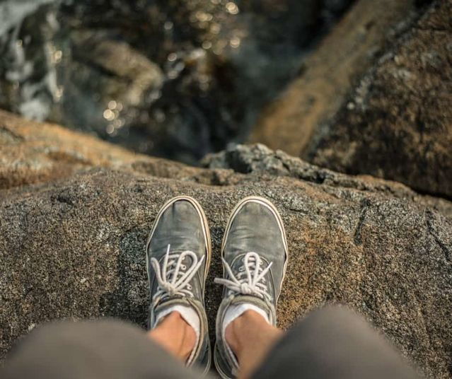 Two Useful Behaviors of the Feet