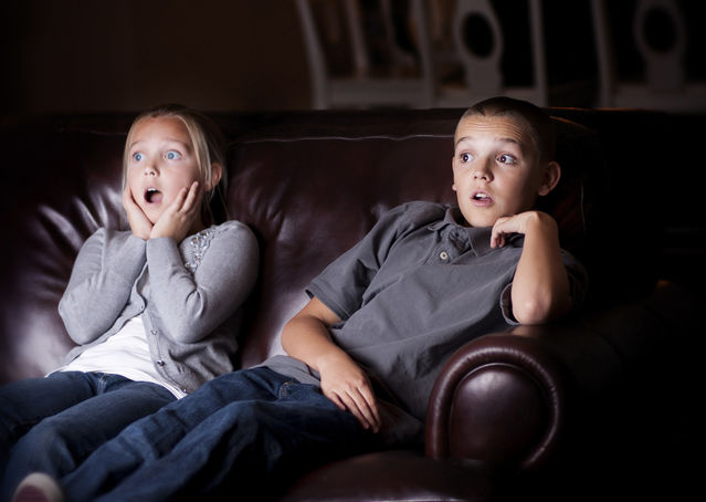 How Does Our Screen Time as Kids Inform Us as Parents?