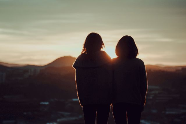 The Reciprocal Relationships Between Anorexia and Friendship