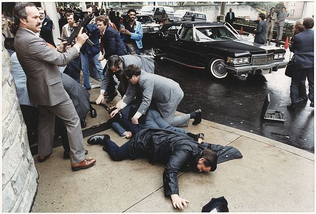 Why Was Jeffrey Dahmer Sane If John Hinckley Jr. Was Not?