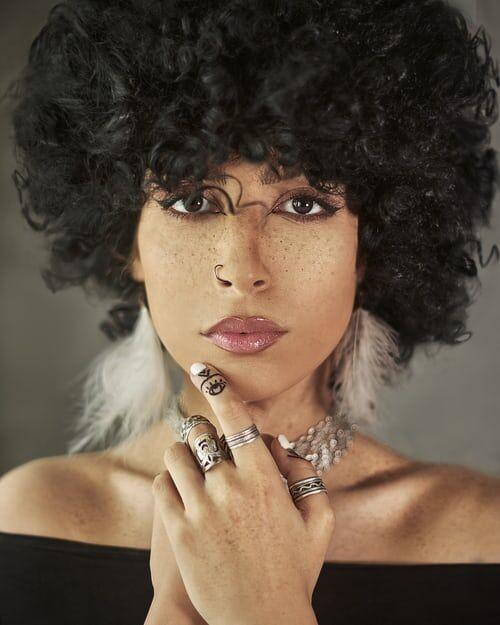 black_woman_unsplash.jpg?itok=obIFnX63