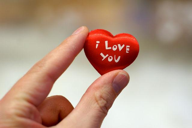 How to say a girl i love u indirectly