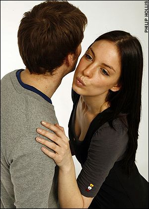 To kiss or to hug psychology today m4hsunfo