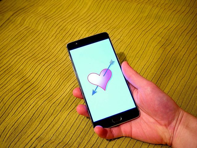 Psychology of dating apps