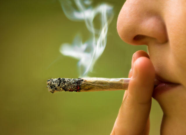 LongTerm Marijuana Dependence Linked To Problems At Midlife Custom Download Smoking Wan Quotes