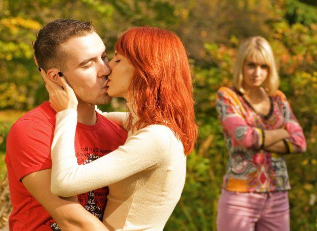 How long do extramarital affairs usually last