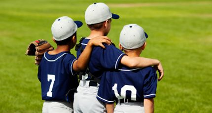 team sports build character Sports players' social skills success by fitnessadvisory | published: march 29, 2013 team sports and the impact on youngsters is astounding.
