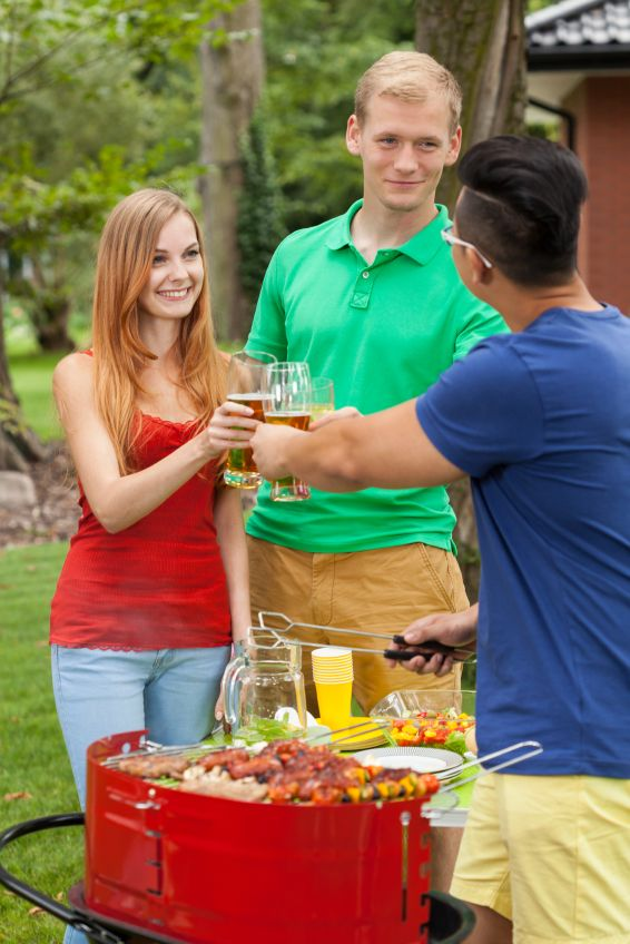 how to make small talk at a party