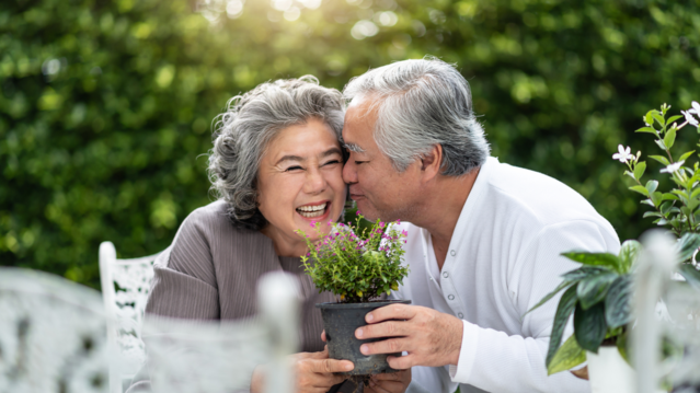 5 Resilience Strategies Seniors Are Using During COVID-19