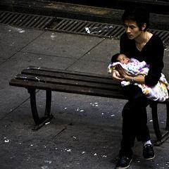 Does Testosterone Contribute to Men's Postpartum Depression?