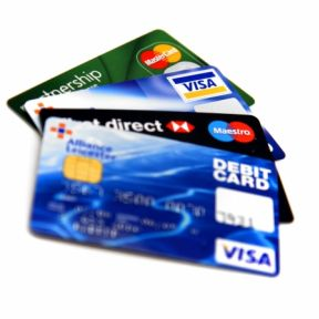 Credit Cards Make You Pay Attention to Benefits