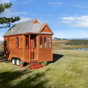 Creating Small, Environmentally Friendly Living Spaces