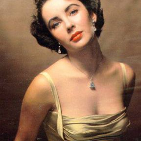 Elizabeth Taylor and Angelina Jolie - Goddesses from Different Eras