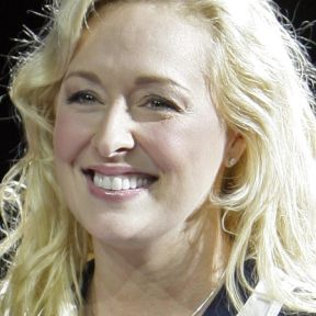 Mindy McCready: What We Know about Family Abduction