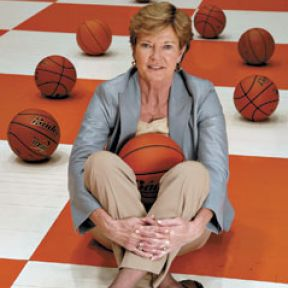 Dementia: Can Pat Summit Score Against Alzheimer's?