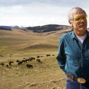 "Unearthing Ted Turner: ""Last Stand"" is a Fascinating Read"