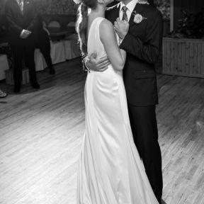 10 Relationship Behaviors of the Happiest Couples