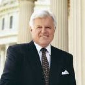 TED KENNEDY - LOVING PATRIARCH
