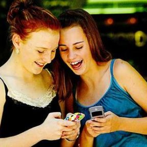 Teen Texting Gone Amuck:  Put the Phone Away or I'll Throw it in the Potomac!