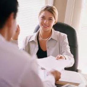 Learn the Right Way to Interview Job Candidates