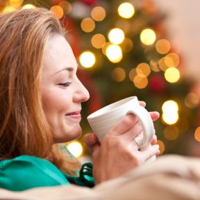 5 Ways to Combat Loneliness Over the Holidays