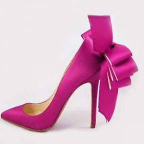 The Psychology of Women - What is the Meaning of High Heels?