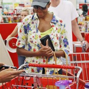 Michelle Obama Incognito in Target...where casual is okay