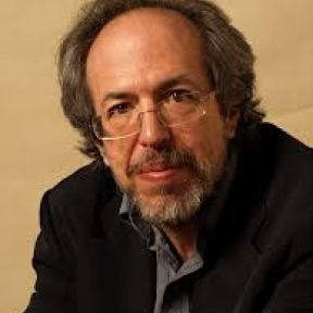 Lee Smolin Encourages Graduate Student to Stay in Science