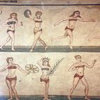 """'Bikini girls' mosaic at Villa del Casale in Piazza Armerina, Sicily""/Kenton Greening/Wikimedia Commons"
