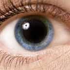 http://io9.com/5966571/why-do-your-pupils-get-larger-when-youre-on-drugs