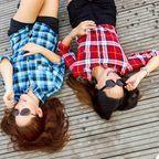 2 women, Gianne Karla Tolentino, Pexels, CC0