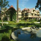 The Winchester Mystery House/Wikimedia Commons