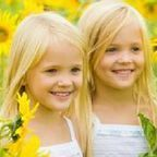 Identical Twins by Julie Crvens/Pinterest